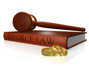divorce-law-and-gavel
